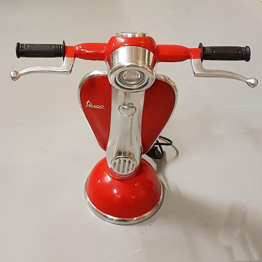 Vespa Scooterlamp rood - Decoratie, woonaccessoires, cadeauu0026#39;s en ...