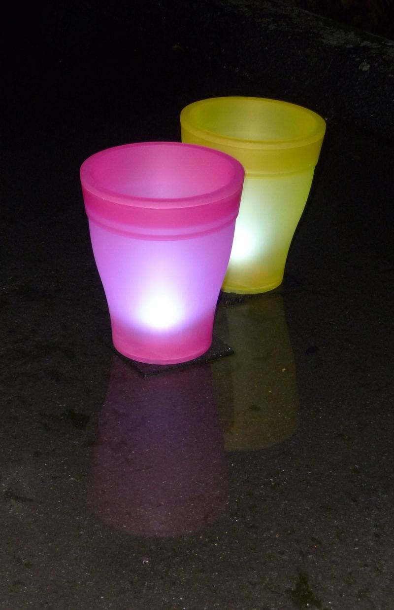Bloempot verlicht led roze - Woonaccessoires, decoratie, cadeau\'s en ...